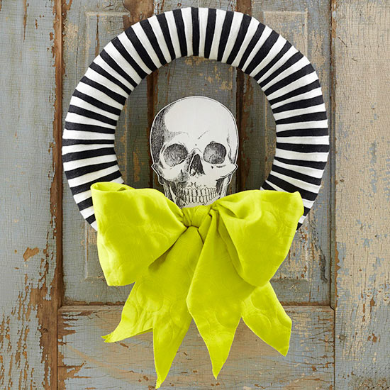 BHG_com-skeleton-wreath